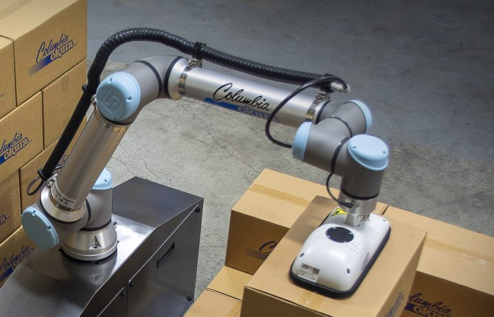 miniPAL® Now Featured as Part of Universal Robots UR+ Application Kits